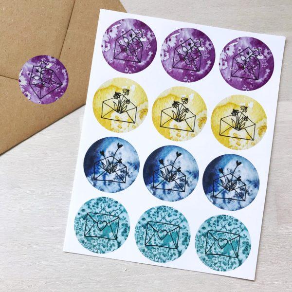 Sticker mit vier verschiedenen Motiven