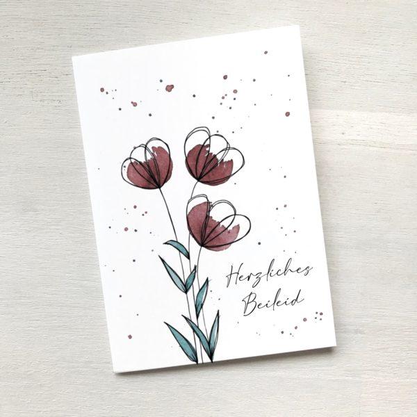 Beileidskarte mit roten Blumen, Trauerkarte