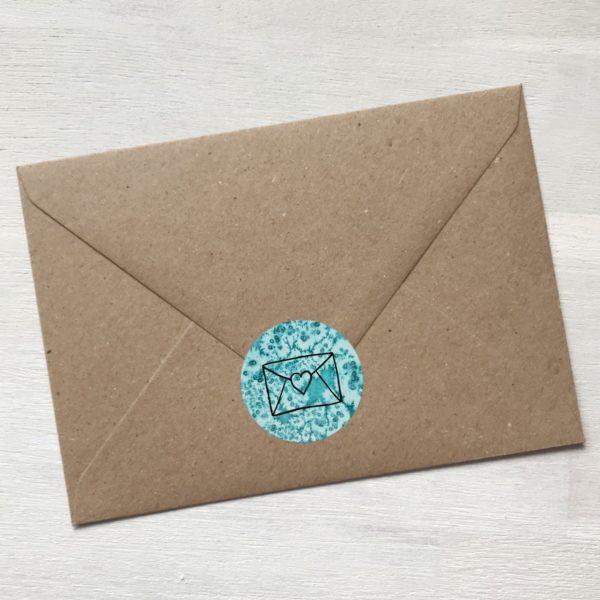 Sticker türkis mit Kuvert und Herz