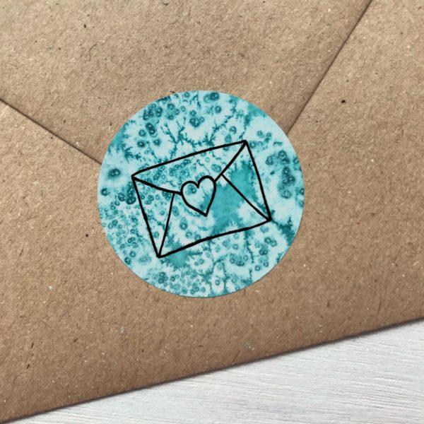 Sticker türkis mit Kuvert und Herz Detailansicht